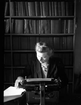 Máire MacNeill, 1947. Image by C. Ó Danachair