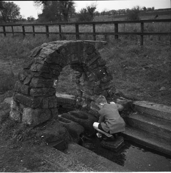 St. Brigid's Well, Tully East