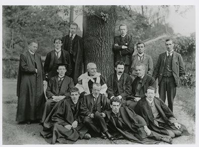 Joyce's 1902 BA degree class